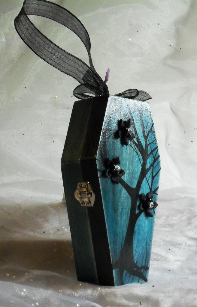 Winter Tree Wooden Coffin Reticule