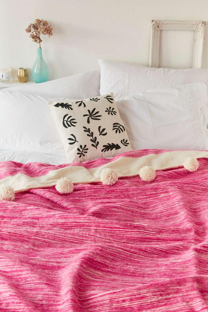 Moroccan wool blanket with pom pom