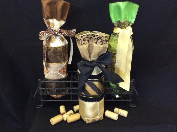 Ribbon wine and bottle gift bags
