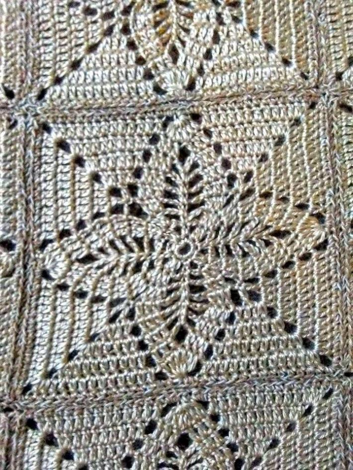 Cream Leaf Crosses Afghan