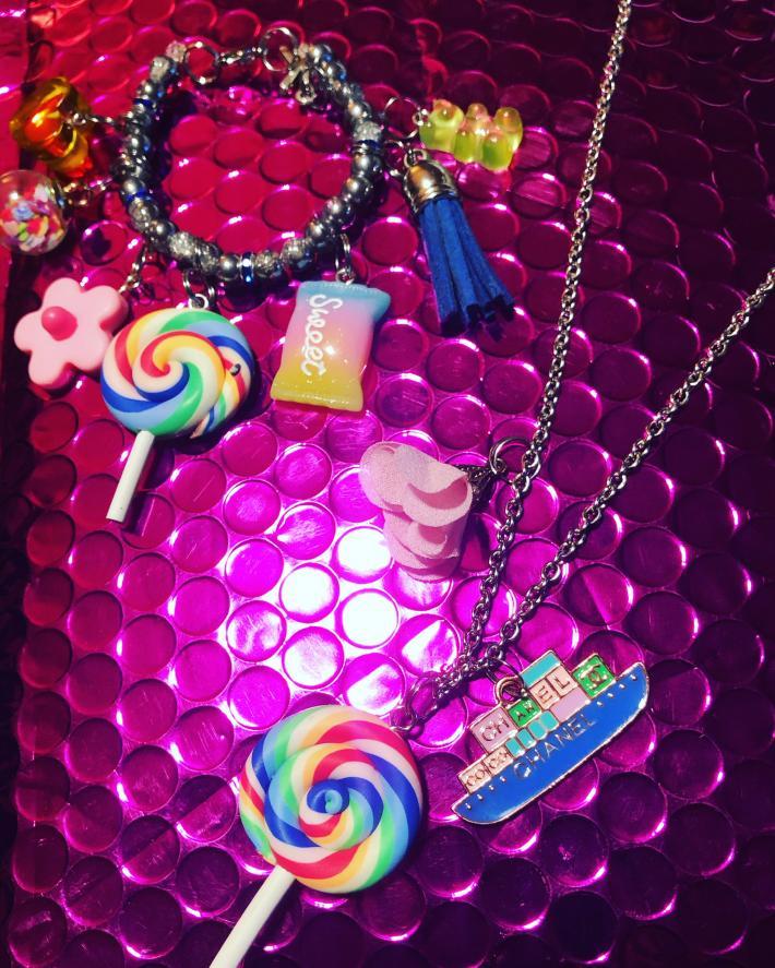 Children's necklace and bracelet set