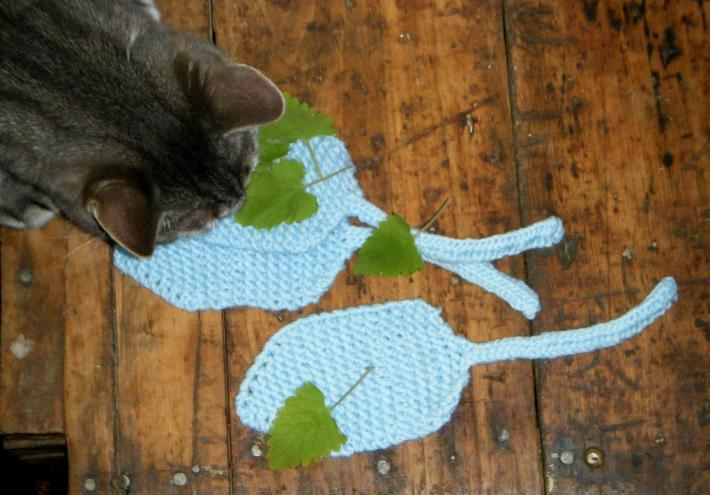 Light Blue Cat Toys Set of 3