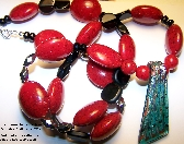 EG Red and Black Bead Necklace