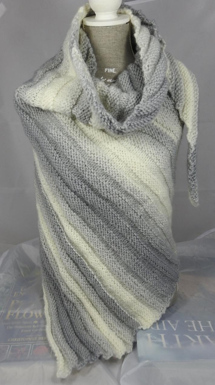 Knitted Womens Grey And Cream Striped Ribbed Triangular Shawl  Free Shipping