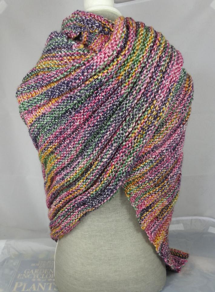 Knitted Womens Pink Yellow Grey And Green Random Ribbed Triangular Shawl