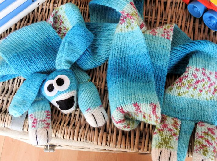Hand Knitted Childs Blue Patterned Dog Scarf   FREE SHIPPING