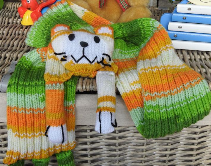 Hand Knitted Childs Green And Yellow Cat Scarf   FREE SHIPPING