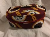 Zippered oval case Redskins
