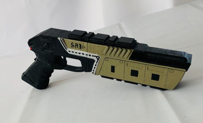 Apex Legends Mozambique Full Size Replica