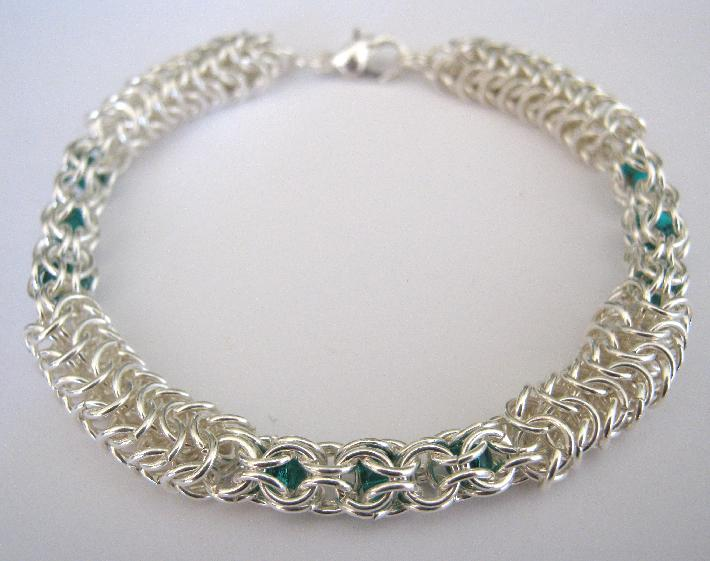 Ivy Chainmaille and Czech Glass Beaded Bracelet