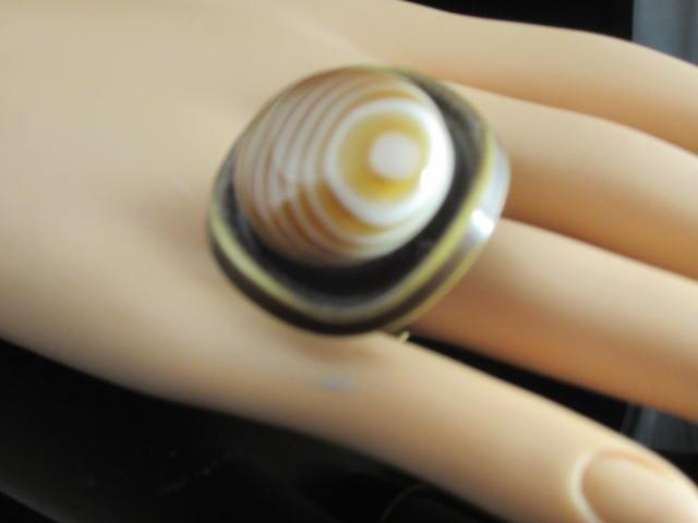 Vintage Celluloid Button Derby Ring
