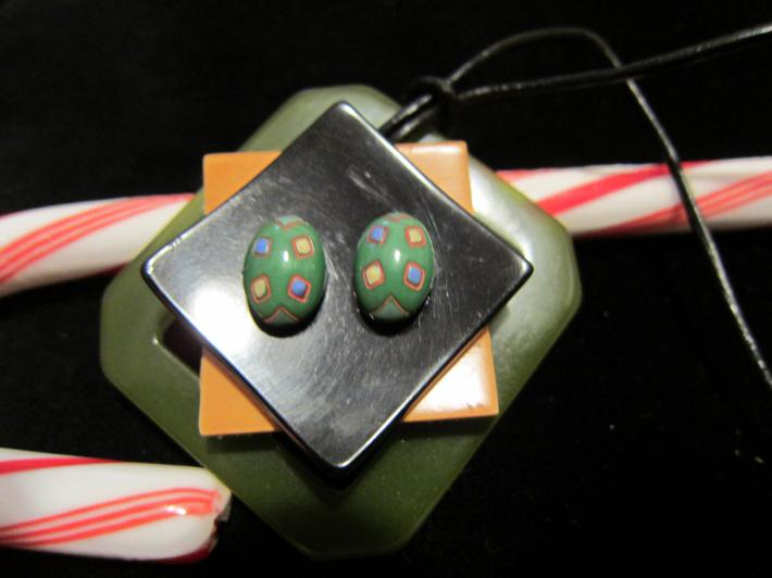 Bakelite Squares Pendant Necklace