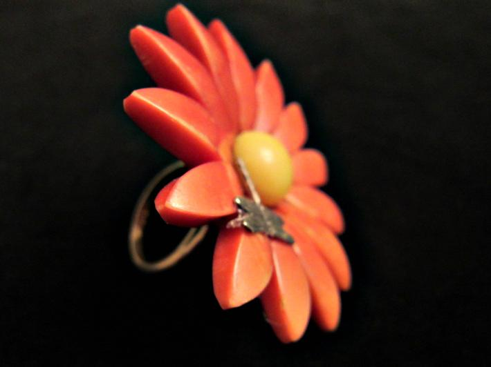 Flower with Dragonfly Ring