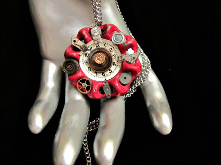 Valve Time Steampunk Pendant Necklace
