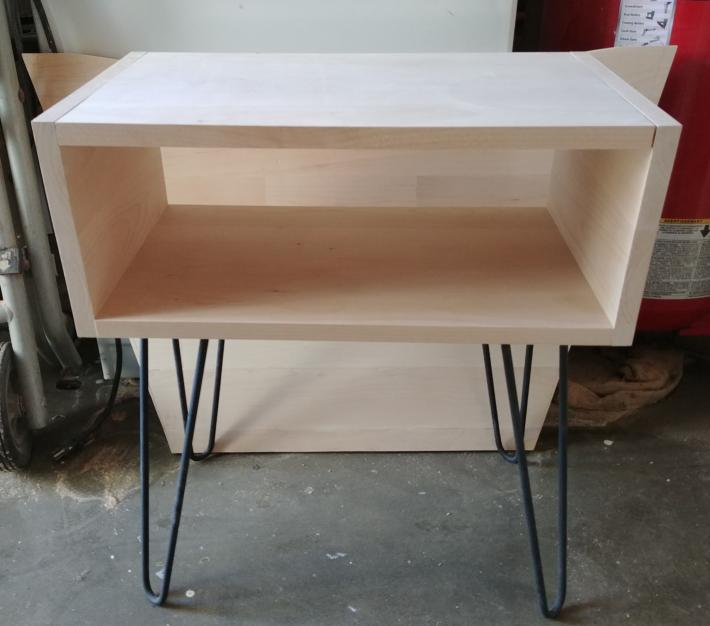 Mid century modern side table nightstand with hairpin legs