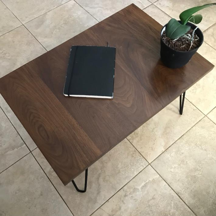 Modern solid wood coffee table with hairpin legs