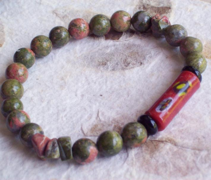 SAGANO Unakite Jasper Beaded stretch bracelet with Red Millefiori Venetian glass Trade Bead