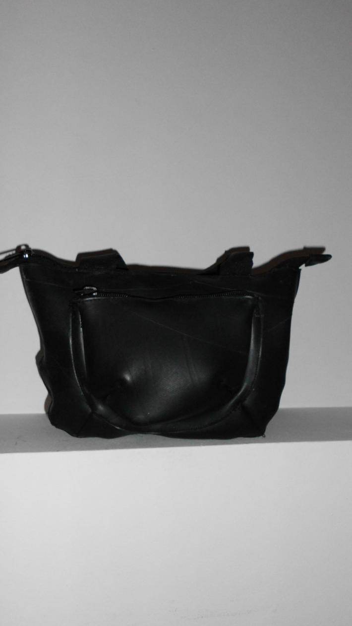 Jasmine Amazing purse