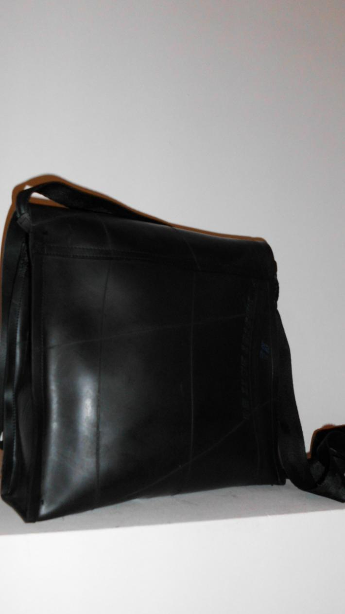 Anemone Amazing purse