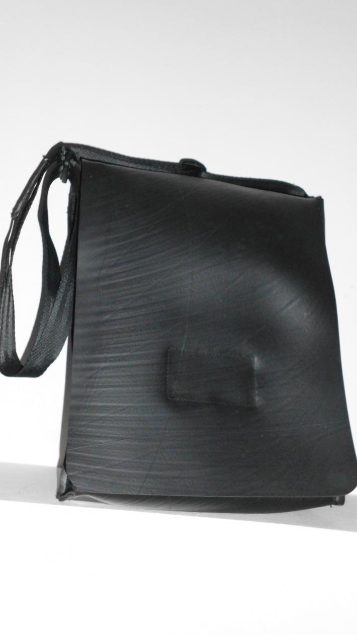 Aspen Amazing purse