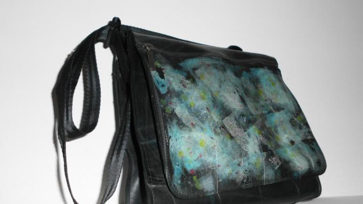 Aster Amazing purse