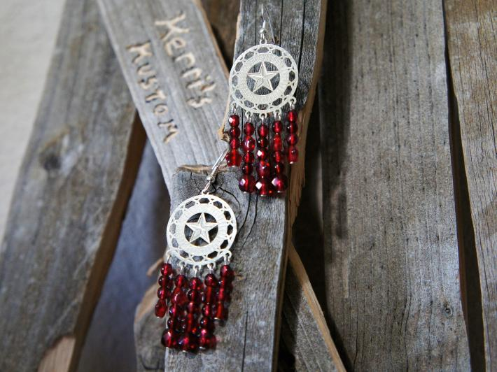 Red Star Chandelier Style Earrings