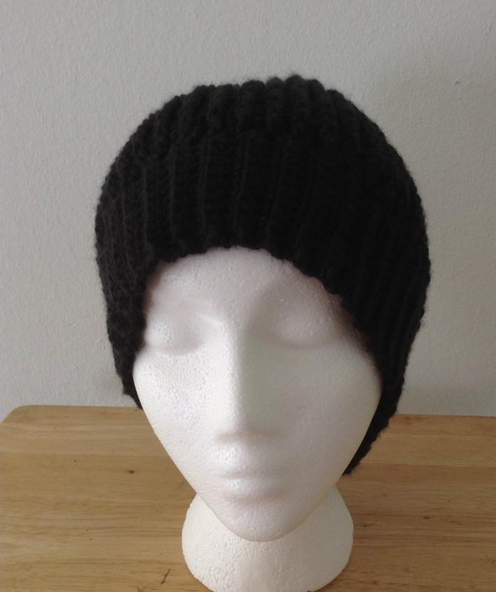 Black Ripple Hat