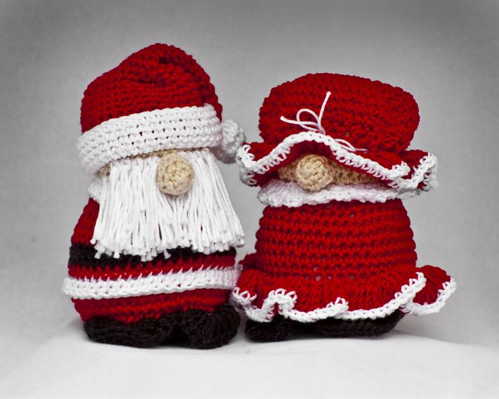 Mr and Mrs Claus Christmas Ornament
