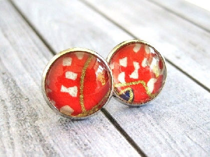 Glass dome earrings with Japanese Washi paper in red