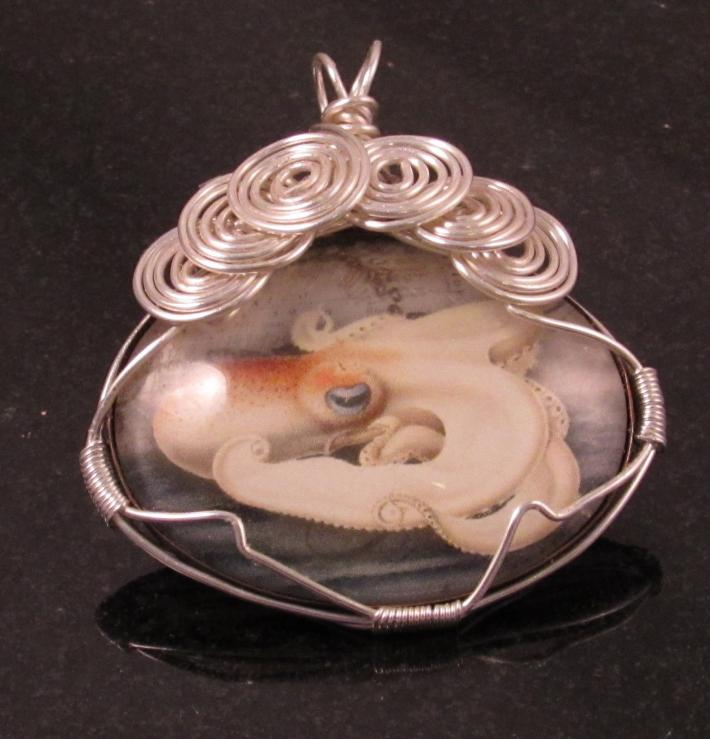 Octopus pendant in silver