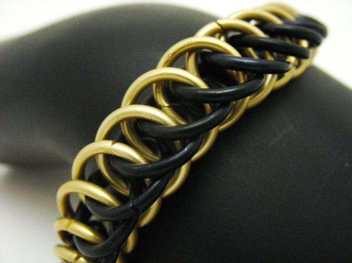Black and Gold Half Persian 4in1 Bracelet