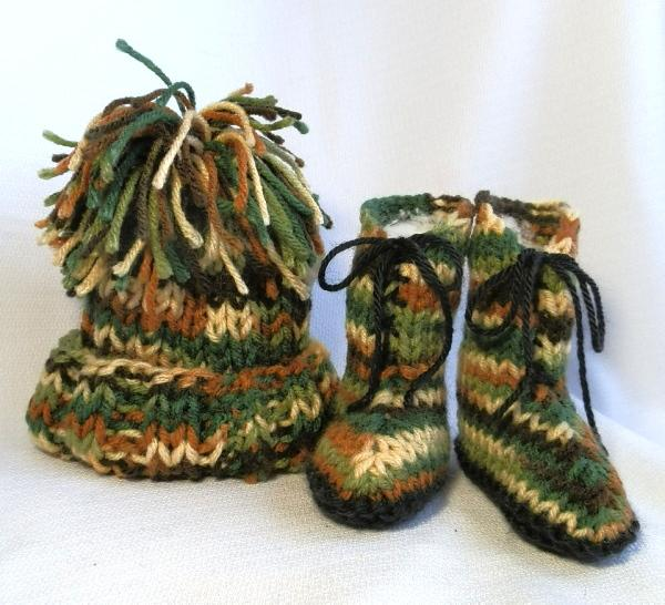 Baby Set Camo Hat and Boots