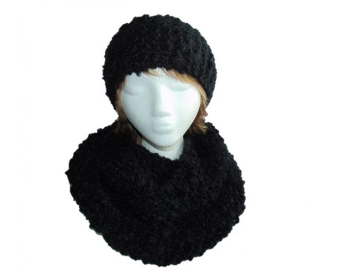 Hand Knit Infinity Scarf and Matching Headband in Basic Black on Handmade Art...