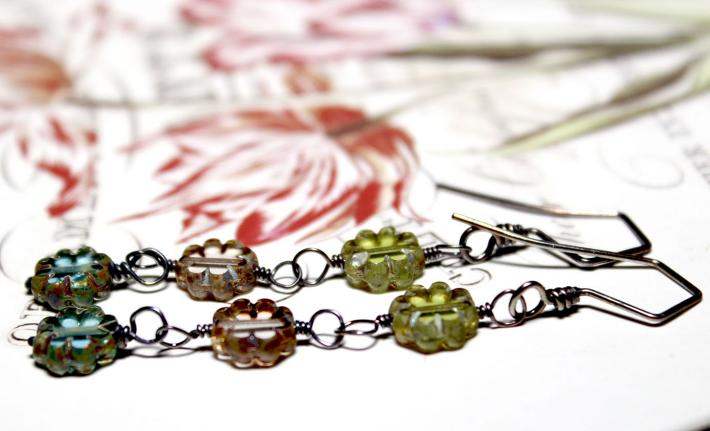 Dainty Daisy Glass Bead Trio with Aged Sterling Wire LIMITED