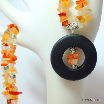 Carnelian Chip and Black Focal Necklace