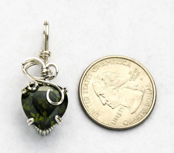 Peridot CZ Heart Silver Filled Wire Pendnat