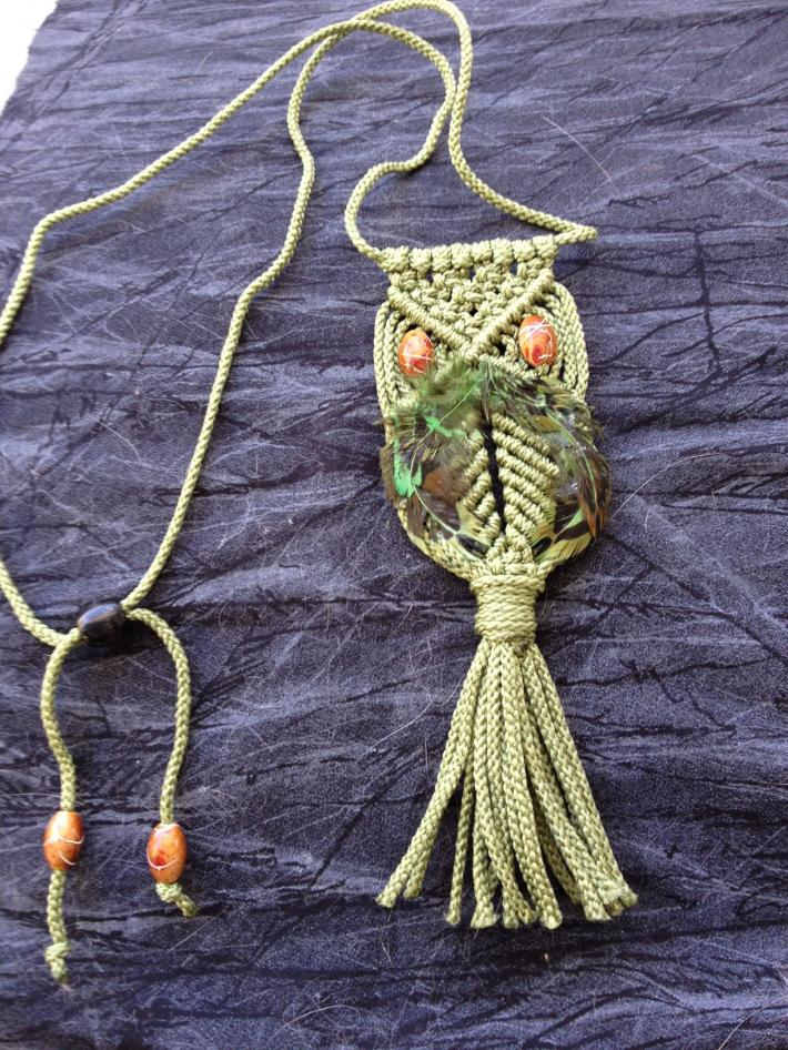 Macrame Owl Necklace Green