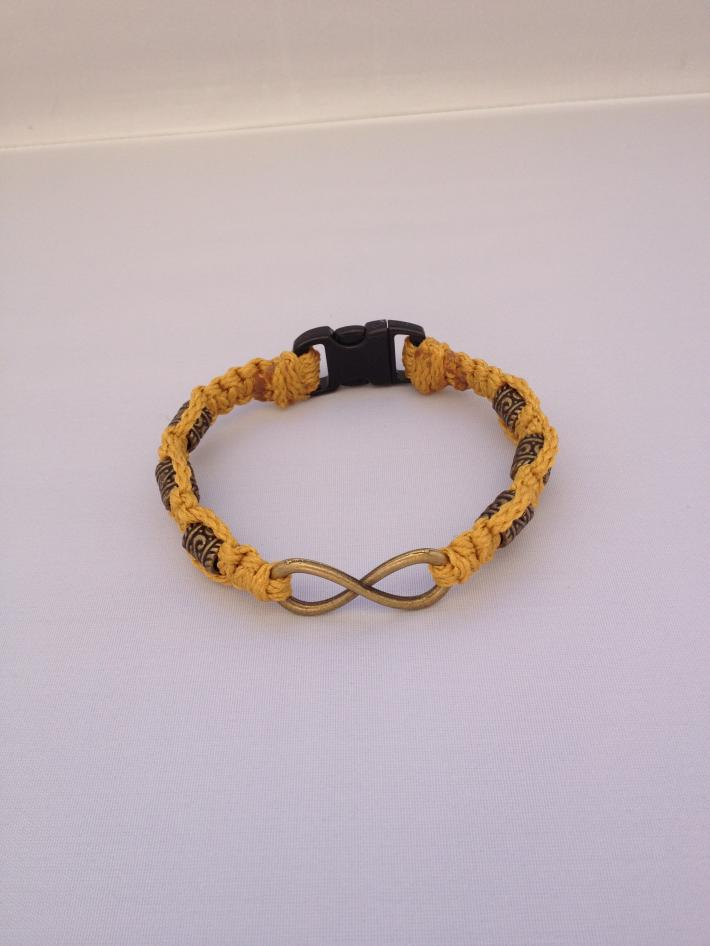 Macrame Infinity Bracelet Gold Bronze