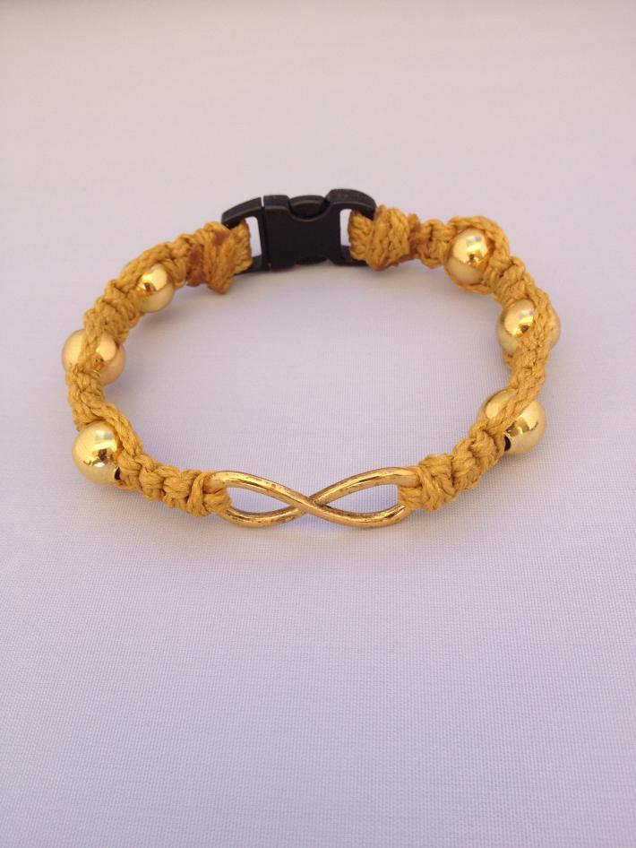 Macrame Infinity Bracelet Gold gold