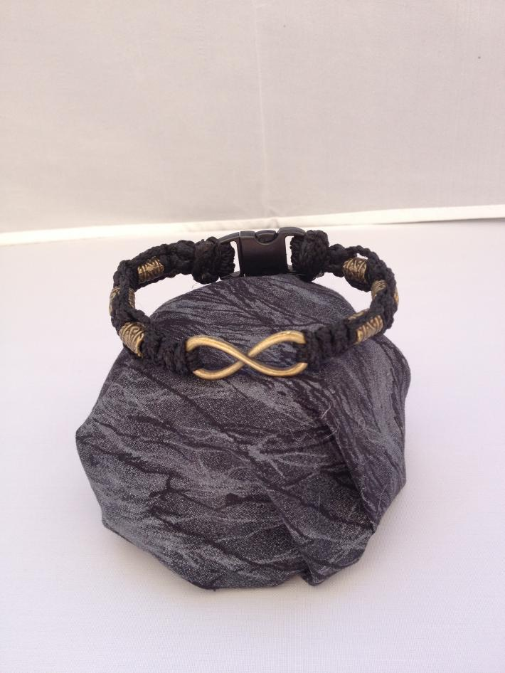 Macrame Infinity Bracelet Black Bronze