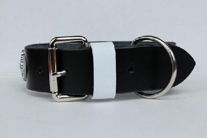 Cacharel Collar