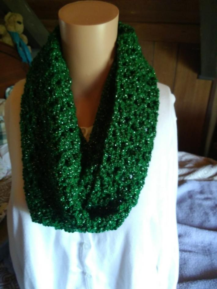 Crochet Holiday Cowl