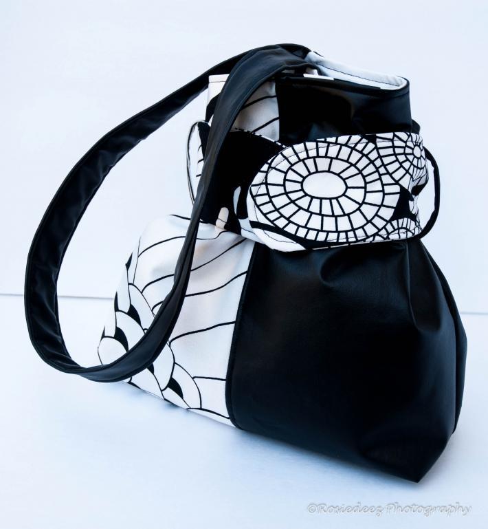Black and white geometric wrap around hobo bag tote