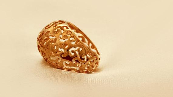 Classic Gold Lace Ring