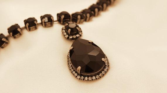 Elegant Black Crystal Necklace