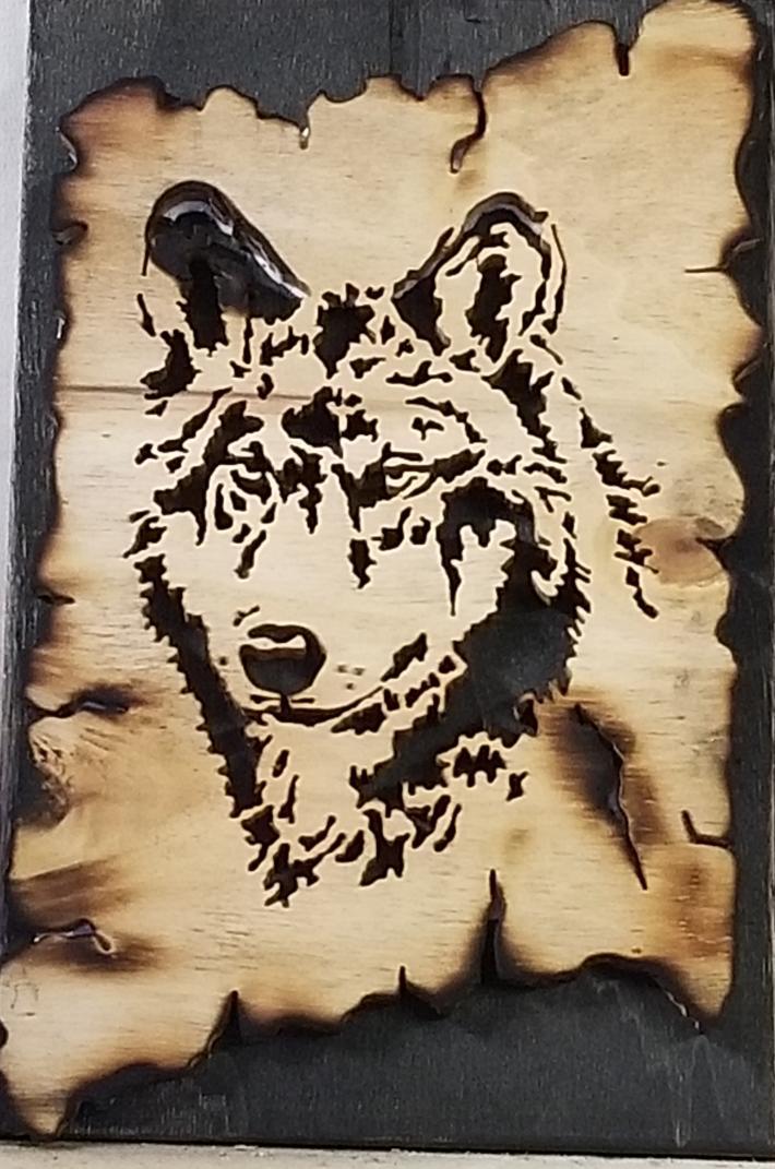 Wood Slab Wolf