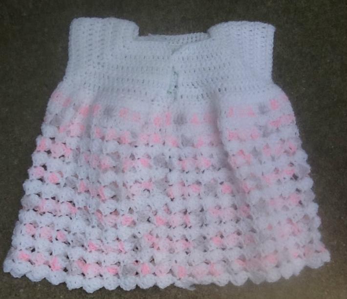 Pretty and pink newborn short set