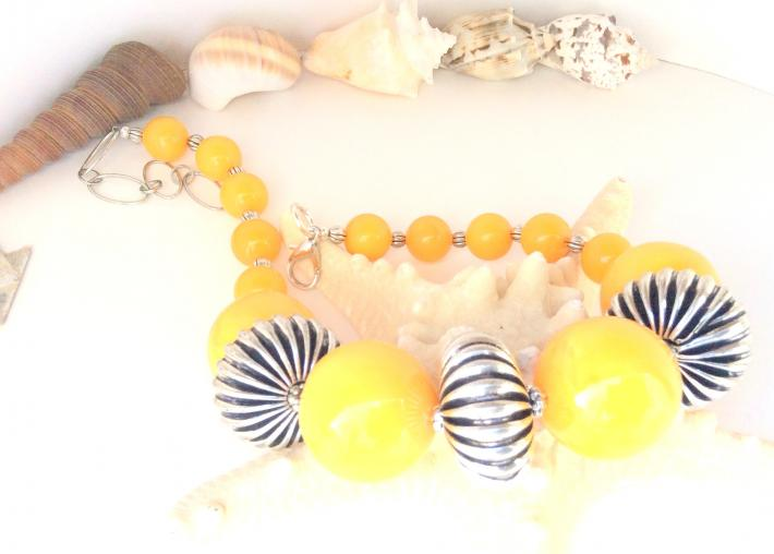 One of a Kind Yellow Resin and Alloy Chunky Choker Necklace  C1972