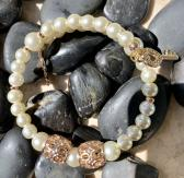 Handmade Memory Wire Bracelet Glass Pearl Beads Pearl Off white 16
