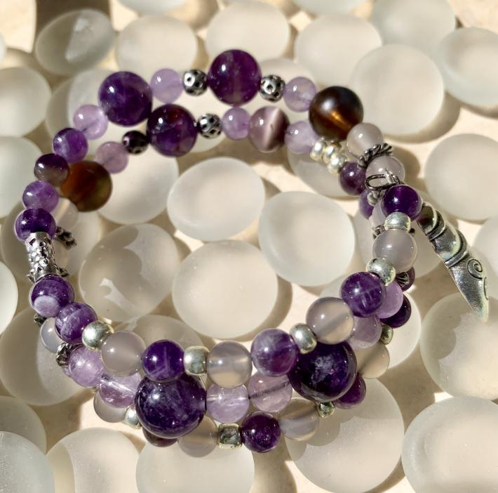 Handmade Memory Wire Bracelet Semi Precious Stones Amethyst and Purple Agate 17